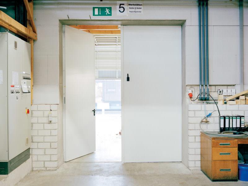 """Fire Resistant Door T90-2-FSA """"KB"""" bzw. T90-2-RS-FSA-Tür """"KB"""""""